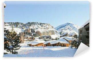 Vinyl Fotobehang Stadsgezicht van Avoriaz stad in Alp, Frankrijk
