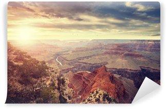 Vinyl Fotobehang Vintage afgezwakt zonsondergang boven de Grand Canyon, een van de belangrijkste toeristische bestemmingen in de Verenigde Staten.