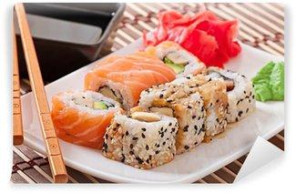 Fotomural Estándar Comida japonesa - sushi y sashimi