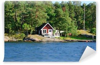Fotomural Estándar Cottage roja en el archipiélago de St. Anna (Suecia)