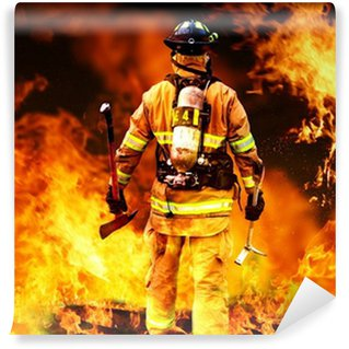 Fotomural Estándar En el fuego, un bombero de búsquedas de posibles supervivientes