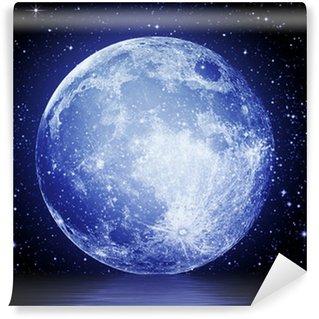 Fotomural Estándar La luna llena en el cielo de la noche reflejada en el agua