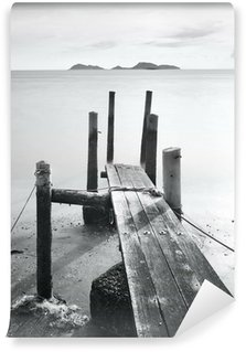 Fotomural Estándar Pier ir al mar, blanco y negro