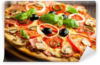 Fotomural Estándar Pizza con champiñones, salami y pimientos de chile