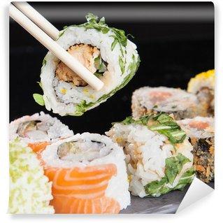 Fotomural Estándar Set de sushi de mariscos japonés
