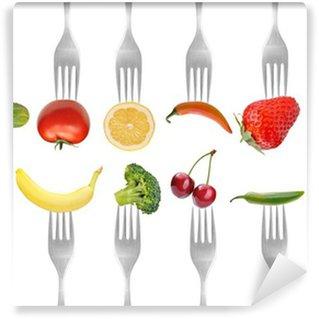 Fotomural Estándar Verduras y frutas en la colección de tenedores, el concepto de dieta