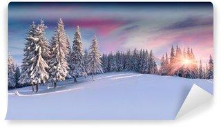 Vinyl-Fototapete Bergpanorama bei Sonnenaufgang im Winter