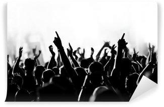 Vinyl-Fototapete Konzert Menschenmenge vor strahlend blauem Bühnenlicht