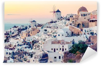 Vinyl-Fototapete Oia Dorf am Sonnenuntergang, Santotini Insel, Griechenland. Instagram Vintagestyle