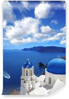 Vinyl-Fototapete Santorini mit traditionellen Kirche in Oia, Griechenland