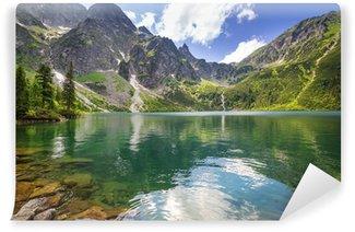 Vinyl Fototapete Schöne Landschaft der Tatra Berge und See in Polen