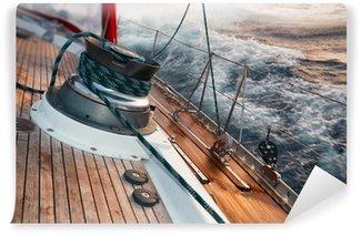 Vinyl-Fototapete Segelboot unter dem Sturm, Detail an der Winde
