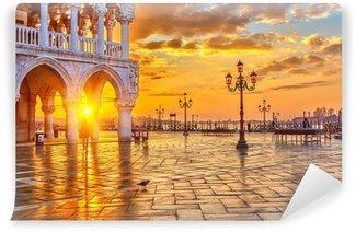 Vinyl-Fototapete Sonnenaufgang in Venedig