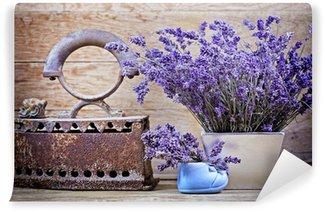 Vinyl-Fototapete Trockene Lavendel und rustikal (rostig) Eisen - Vintage-Stil