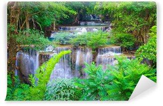 Fototapet av Vinyl Djup skog vattenfall i Kanchanaburi, Thailand