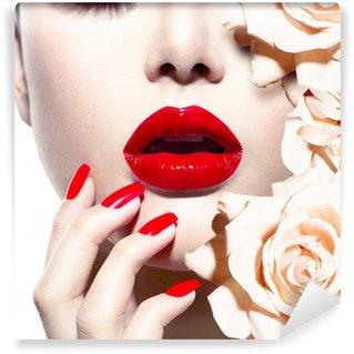 Fototapet av Vinyl Fashion Sexig kvinna med blommor. Vogue stil Modell