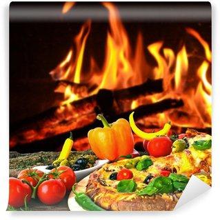 Fototapet av Vinyl Heiße Pizza: gebacken i Holzkohle-Ofen