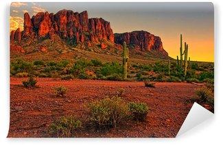 Fototapet av Vinyl Öken solnedgång med berg nära Phoenix, Arizona, USA