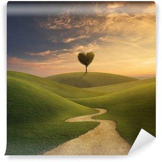 Fototapet av Vinyl Träd hjärta på kullen