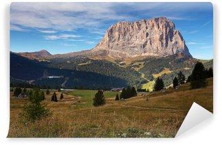 Fototapet av Vinyl Vackra sommarlandskap i bergen. Soluppgång - Italien alp