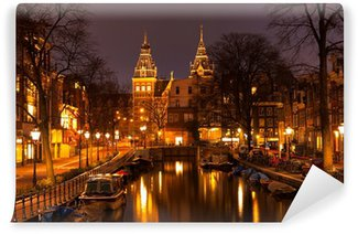Vinylová Fototapeta Amsterdam ve večerních hodinách. Pohled na Rijksmuseum