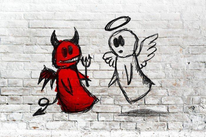 Fototapeta Vinylowa Anioł i diabeł walki; doodle rysunek na białym tle ceglanego muru - Tła
