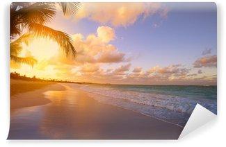 Vinylová Fototapeta Art Krásný východ slunce nad tropickou pláž