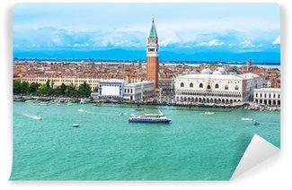 Vinylová Fototapeta Campanile and Dóžecí palác v Saint Marco náměstí, Benátky, Itálie