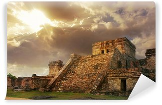 Vinylová Fototapeta Castillo pevnosti při východu slunce ve starém mayského města Tulum,