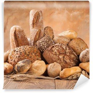 Vinylová Fototapeta Čerstvý chléb na dřevo