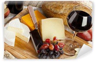 Vinylová Fototapeta Červené víno a sýr talíř