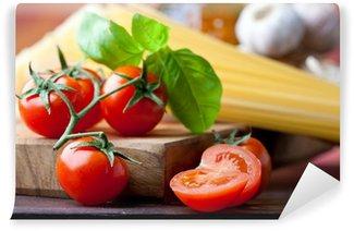 Vinylová Fototapeta Cherry rajčata, špagety, česnek a bazalka