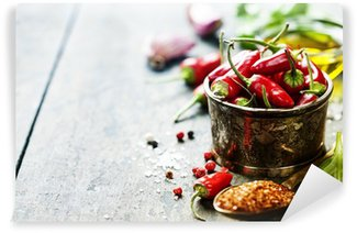Vinylová Fototapeta Chilli papričky s bylinkami a kořením
