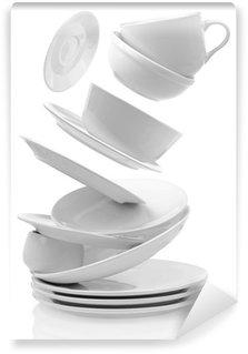 Vinylová Fototapeta Čisté prázdné talíře a šálky izolovaných na bílém