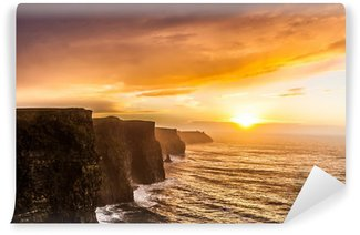 Vinylová Fototapeta Cliffs of Moher při západu slunce v hrabství Clare, Irsko Evropě