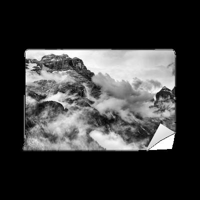 Fototapeta Winylowa Dolomity w czerni i bieli