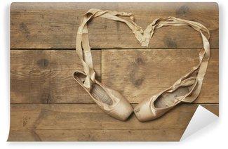 Vinylová Fototapeta Dva Baletní obuv na dřevěné podlahy