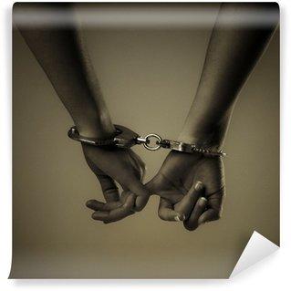 Fototapeta Vinylowa Dwie dziewczyny ręce i kajdanki