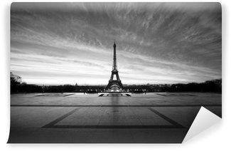 Vinylová Fototapeta Eiffel na úsvitu - black & white