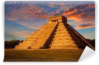 Vinylová Fototapeta El Castillo (Kukulkan Temple), při západu slunce. Chichen Itza, Mexiko