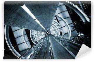 Fototapeta Winylowa Futurystyczna architektura. z ruchomym chodnikiem tunelu