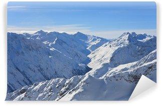 Vinylová Fototapeta Hory pod sněhem v zimě. Alpy. Sölden. Rakousko