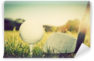 Vinylová Fototapeta Hraje golf, míček na odpališti a golfovém klubu. Vintage, retro styl