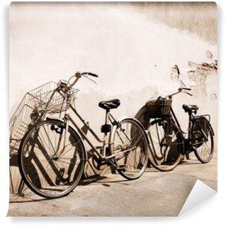 Vinylová Fototapeta Italské old-style kola opřený o zeď
