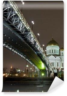 Vinylová Fototapeta Katedrála Krista Spasitele v Moskvě noční pohled s mostem