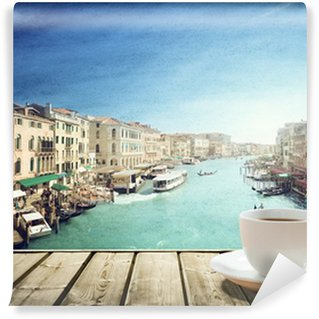 Vinylová Fototapeta Káva na stole a Benátkách v době západu slunce, Itálie