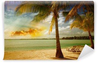 Vinylová Fototapeta Krásná mořská krajina se stromem na nedotčené pláže