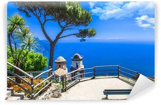 Vinylová Fototapeta Krásné vesnice Ravello, pohled s kostelem. Pobřeží Amalfi, Itálie