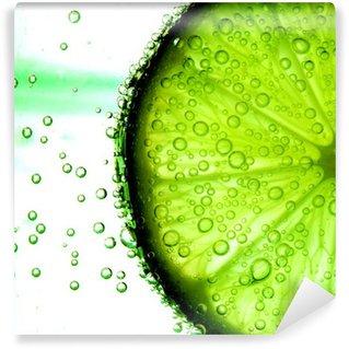 Vinylová Fototapeta Lime slice in water