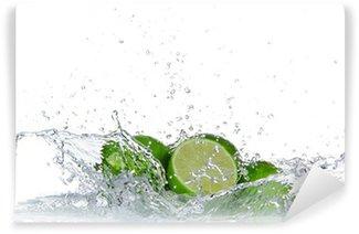 Vinylová Fototapeta Limes s šplouchnutí vody na bílém